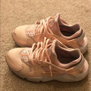895b50b3c717 Women s Pink Nike Huarache on Poshmark